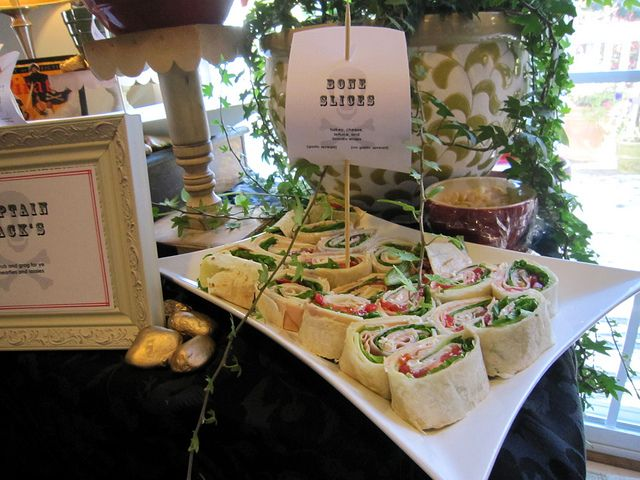 cute food and signage idea for pirate party.