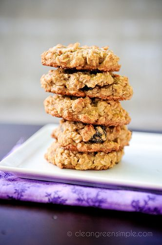 Oatmeal Cookies (Vegan, Gluten Free, Refined Sugar Free, Soy Free) #recipe #vegan #dessert- use 1/4 cup plain applesauce instead of banana, whole wheat flour, 1/4 tsp salt and 1/2 tsp cinnamon.  Can use agave, honey, maple syrup or combo.