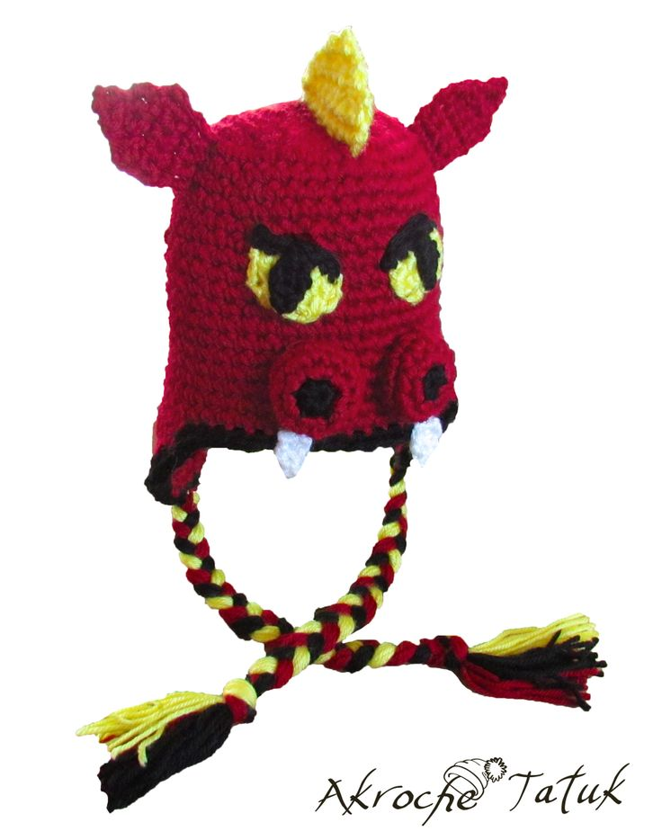 Dragon crochet hat / Tuque dragon crochet SUPPOSED TO BE A DRAGON BUT I COULD EASILY MAKE THAT A RAZORBACK :)