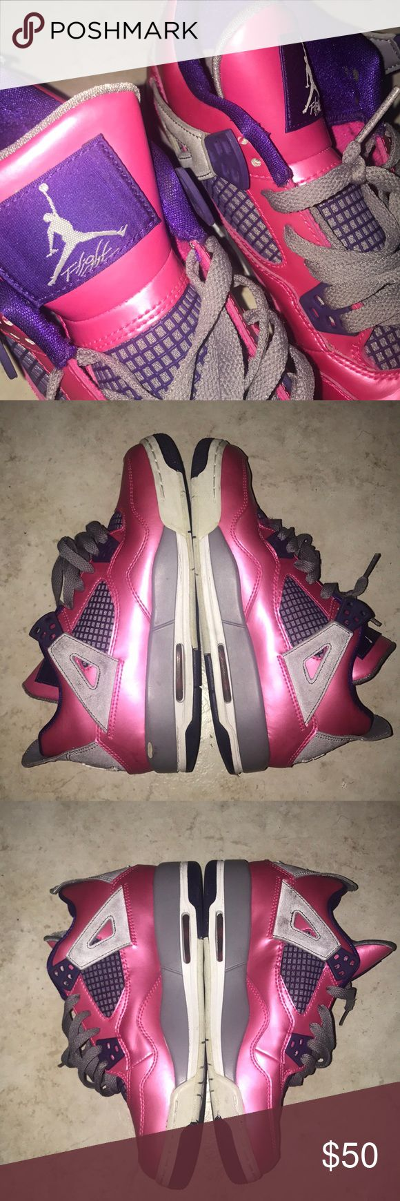 Nike air Jordan Retro 4 kids women size 5.5 You are buying a pair of Nike air Jordan retro 4s for women or kids. This is size 5.5 in girls, so women who fit that size can wear it too. Ok now maybe a male who fit that size can wear it too but that's up to him.  Ok now, as you can see the condition of these shoes are still in great shape. What you see in this picture is what you will be getting. They come with original laces and insoles. I would give these shoes like an 8.5 out of 10 because…