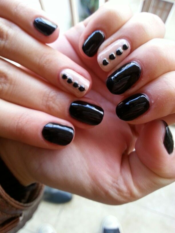 Black & nude shellac manicure! Chic.nails_bychristine