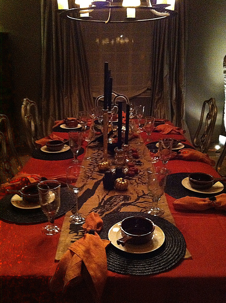Halloween dinner | Party Ideas | Pinterest | Runners ...