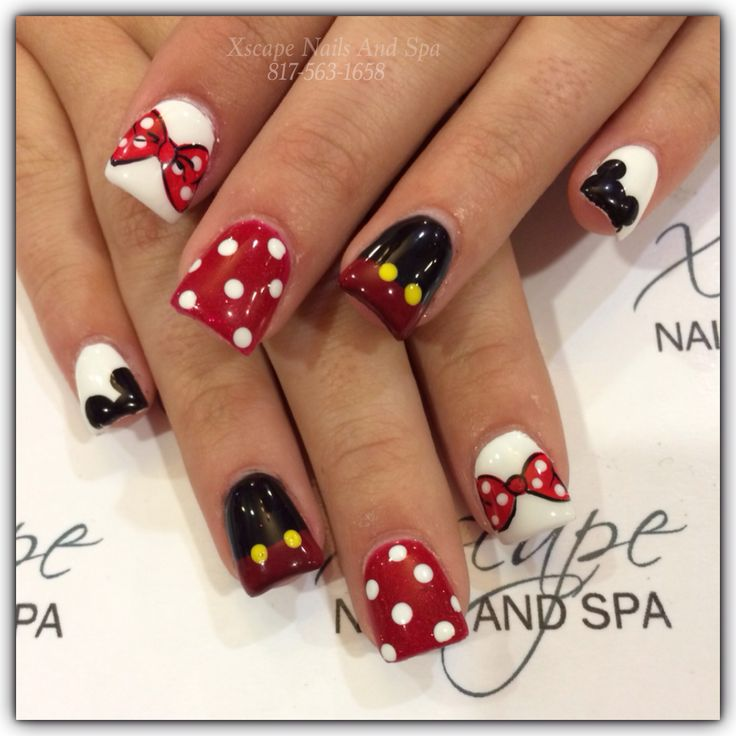 Mickey Mouse nail designs