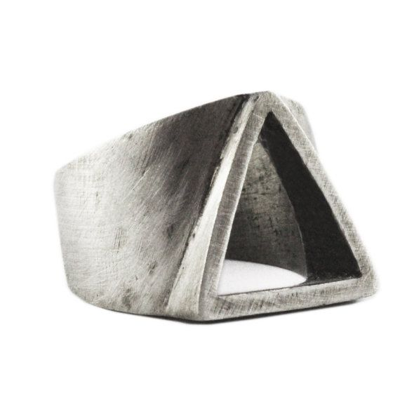 carpediemjewellery Homme bague argent Triangle rustique personnaliser Mens Rings