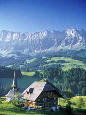 For a relatively small, landlocked country, Switzerland contains an exceptional amount of natural beauty and cultural diversity! Discover more with TheCultureTrip.com - Canton of Bern, Switzerland