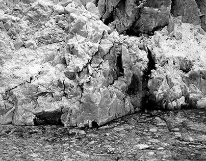 "Check out new work on my @Behance portfolio: ""Black & White Landscape"" http://be.net/gallery/34010286/Black-White-Landscape"