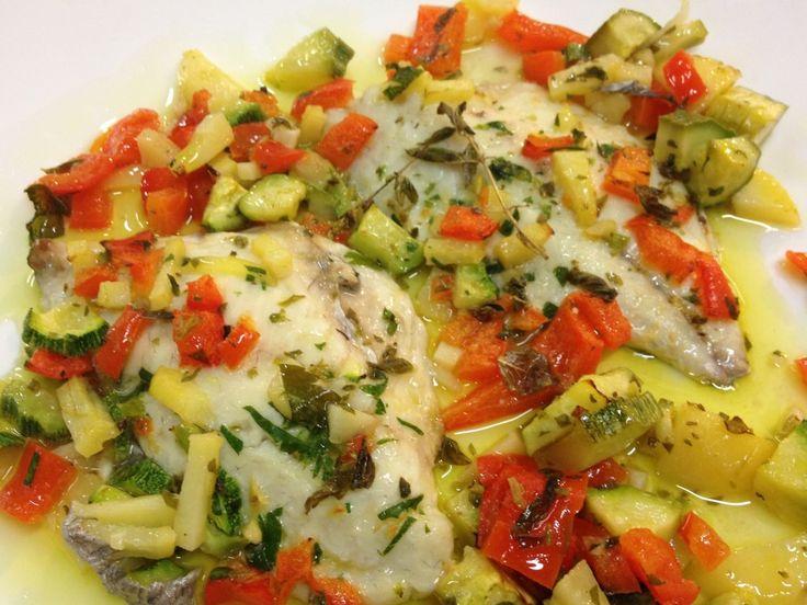 Filetto d'orata al forno con verdure estive