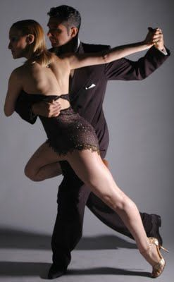 CLASES DE TANGO EN MALAGA – PILAR OLIVARES BSD – BAILAS SOCIAL DANCE MÁLAGA CENTRO. Clases de baile para grupos y particulares. Coreografías para Primer Baile de Bodas Novios.  C/ Esperanto nº8, 29007. Málaga 951 39 33 20 // 622 71 86 86                                                                                                                                                     Más