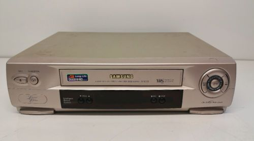 Samsung SV631B Limited Edition Gold Coloured 6 Head VCR Video Cassette Recorder