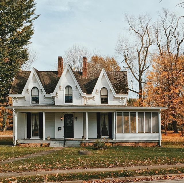 636 best gothic revival victorian houses images on for Farmhouse cottage style