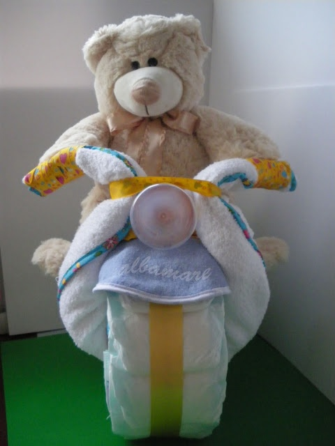 Moto de pañales - Motorbike of nappies