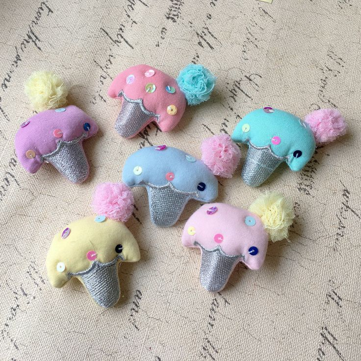Wholesale 20PCs Kawaii Ice Cream Dolls Handmade Fabic Cute Hair Jewelry DIY Patch Sticker Craft Garment Shoes Handbag Decor