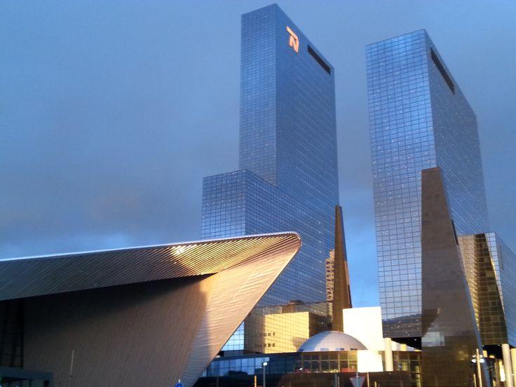 Station en gebouw Delftse Poort, Rotterdam