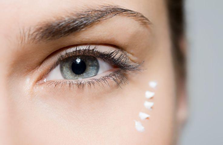 A szemkörnyéki finom bőr ápolása nagyon fontos feladat.  http://www.remylaure-athome.hu/termekek-es-webaruhaz/szemkornyek-apolas