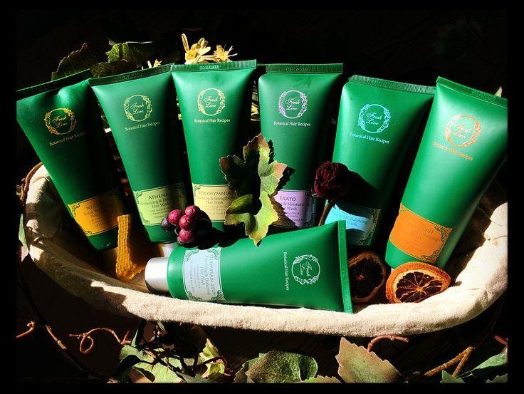 Ανακαλύψτε το σαμπουάν που ταιριάζει στις ανάγκες των μαλλιών σας! Όλες οι συλλογές #botanical #hair #recipes είναι εμπλουτισμένες με αιθέρια έλαια και εκχυλίσματα με τονωτικές, αντιοξειδωτικές και ενυδατικές ιδιότητες, ενώ έχουμε αντικαταστήσει το νερό με ευεργετικό τσάι από 8 βιολογικά βότανα Κρήτης για ακόμα πιο ενισχυμένη δράση! Λιανική Τιμή (200ml): από 9,90€ έως13,90€ #freshline #repairing #moisturizing #shampoo #damaged #dehydrated #antioxidant #fortifying #essential_oils…
