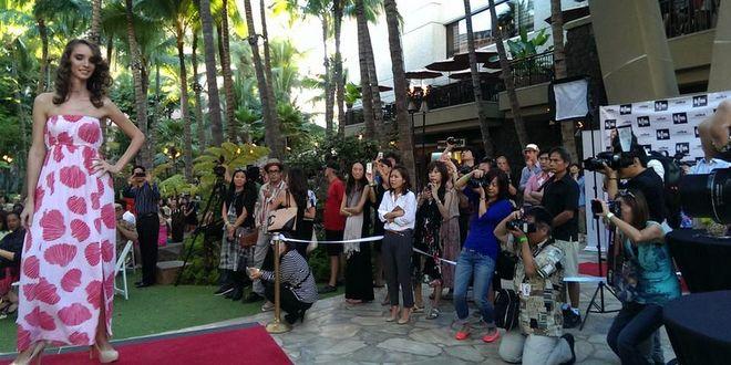 """ Royal Hawaiian Center hosts fashion show tomorrow!"" 明日、ロイヤルハワイアンセンターでファッションショー開催! | ハワイ最新情報満載!プーコのハワイサイト"