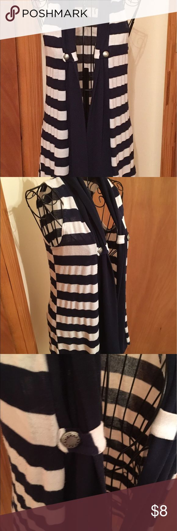 Rue 21 dark blue and white vest😄❤ In good preowned condition size medium 😍🌷 Rue 21 Jackets & Coats Vests