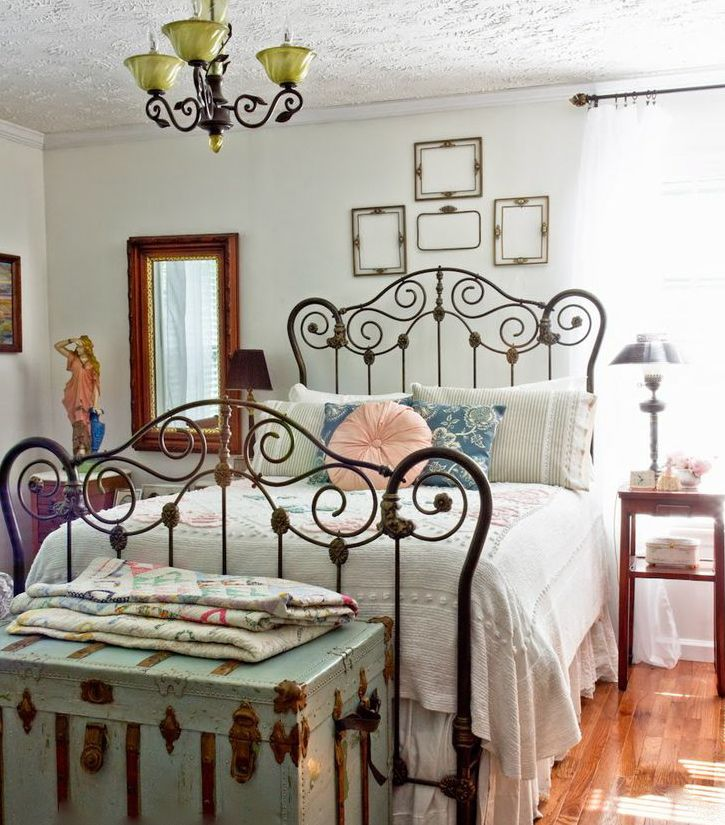 Vintage Bedroom: What A Charming Room, With An Ornate Iron Bed Frame,  Chenille Bedspread And A Lovely Vintage Trunk.