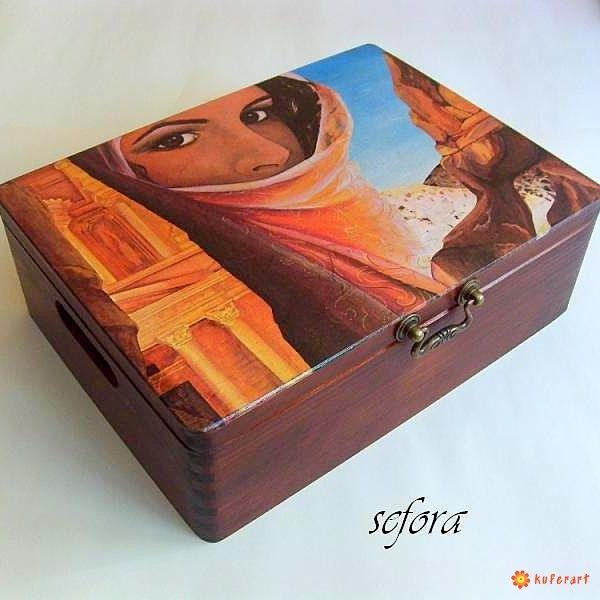 Duży kufer Petra - Decoupage - Wnętrze