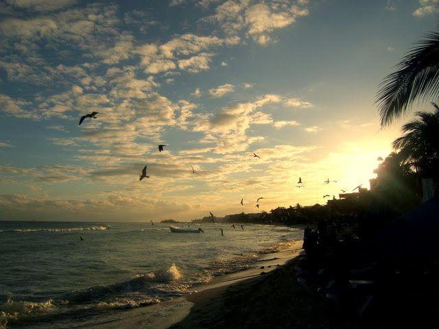 Travel & Lifestyle Diaries: Sunset at Playa del Carmen
