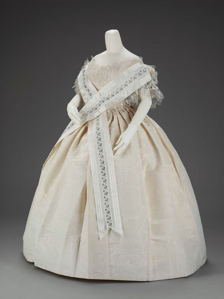 Woman S Ivory Silk Wedding Or Evening Dress American About 1854