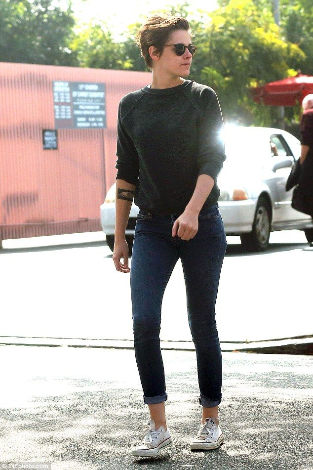 kristen stewart rocks a stylish, simple, yet iconic look