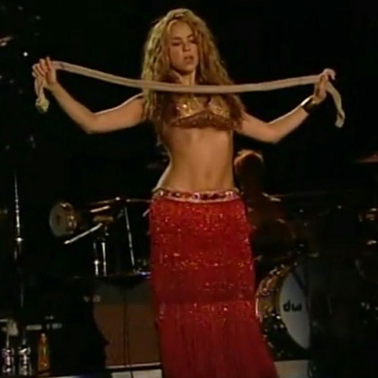 Shakira belly dancing | shakira | Pinterest | Dancing and Shakira