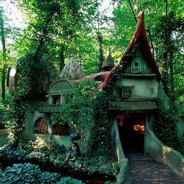 17 best images about hobbit house on pinterest new for Porta hobbit