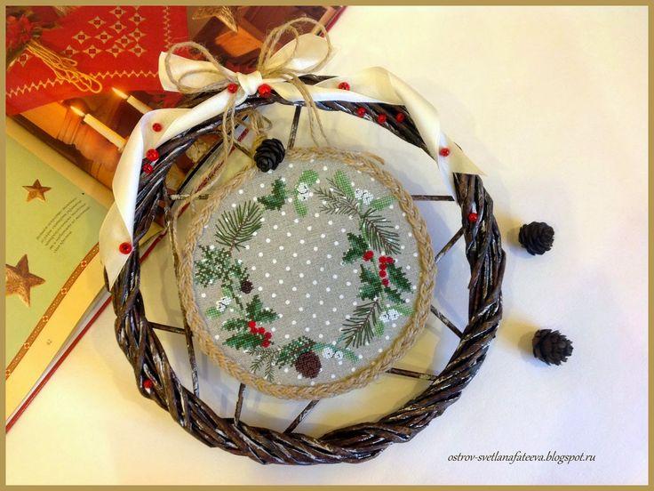 Märchenhaftes Sticken: Spruce wreath Acufactum.