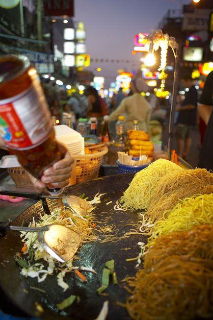 Pad Thai noodles and street food, Khao San Road, Bangkok, Thailand | David Noton Photography