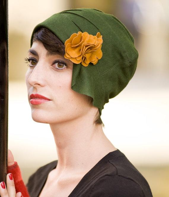 great hat. orizu 1920s 'cloche