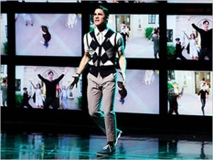 'Glee': Watch the full performance by Darren Criss and Matt Bomer of Gotye's 'Somebody That I Used to Know' -- VIDEO