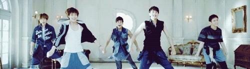 Little Taemin   allkpop forums --- Dancing GIF.