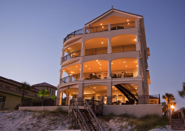 Mansions Vacations And Beach Houses On Pinterest