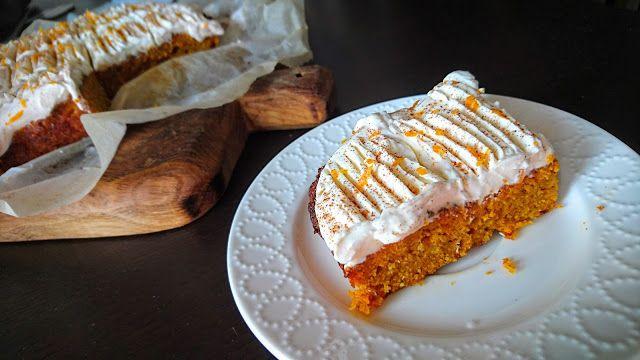 Kuchenne potyczki Alergiczki: Bezglutenowe ciasto marchewkowe
