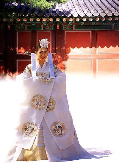 Photo Puzzles on the Korean Traditional Clothes