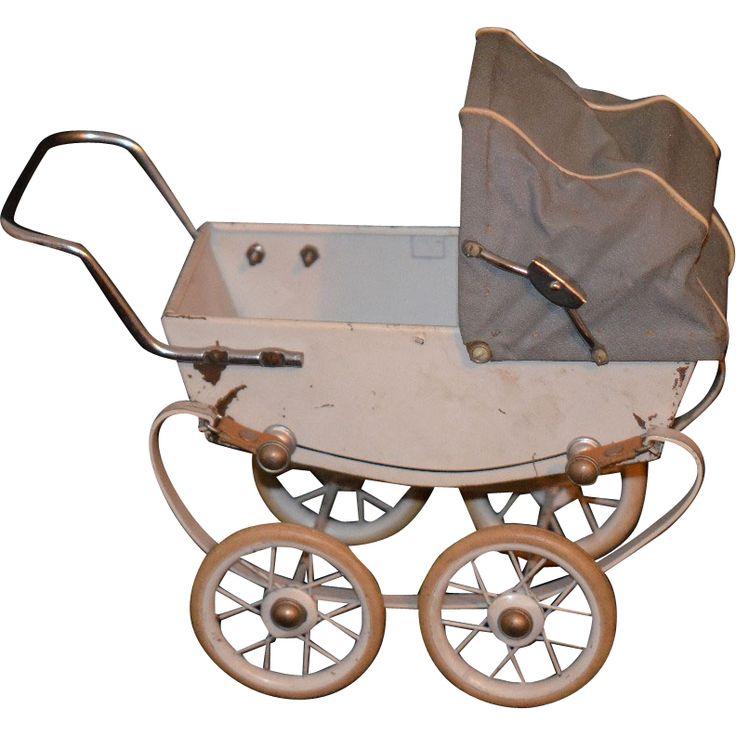 131 besten puppenwagen bilder auf pinterest kinderwagen puppenwagen und antikes spielzeug. Black Bedroom Furniture Sets. Home Design Ideas