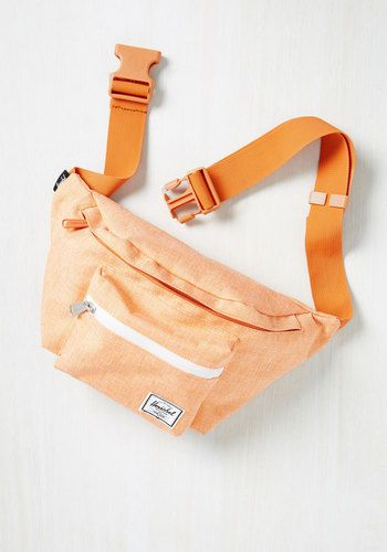 Hip to be Flair Fanny Pack in Tangerine. Take your terrific taste with you wherever you roam by buckling this belted bag from Herschel Supply Co. #orange #modcloth
