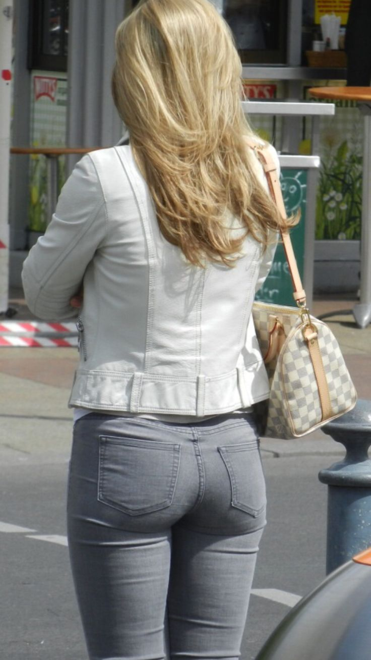 candid-ass-jeans-butt-her-hot-nice-pants-putting-sexy-she