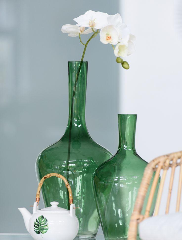Pretty! deze prachtige vazen van ons eigen merk Wants&Needs zijn een must voor jou zonnige interieur!