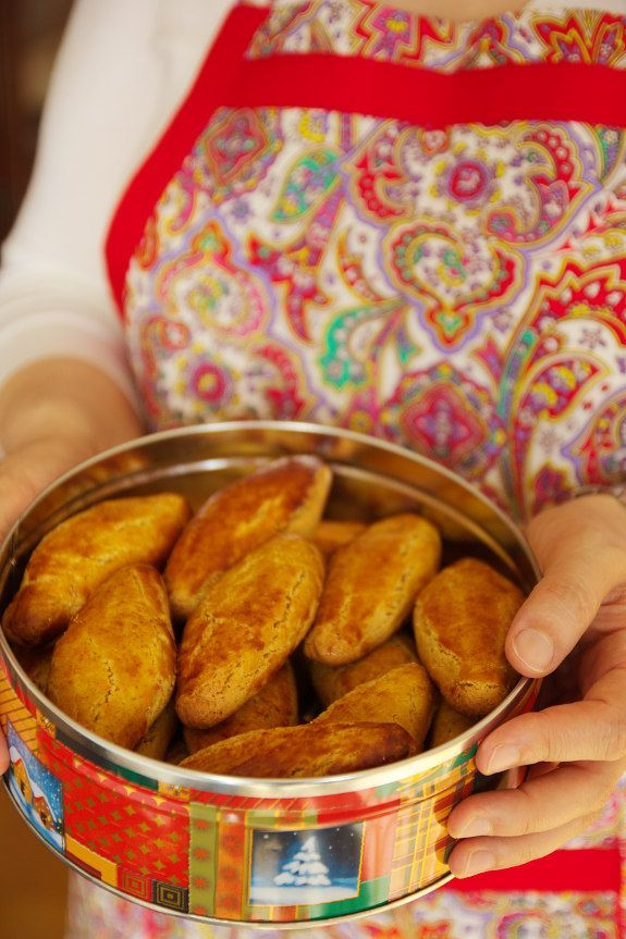 Broas de mel; Cinco Quartos de Laranja: Cuisine Companion
