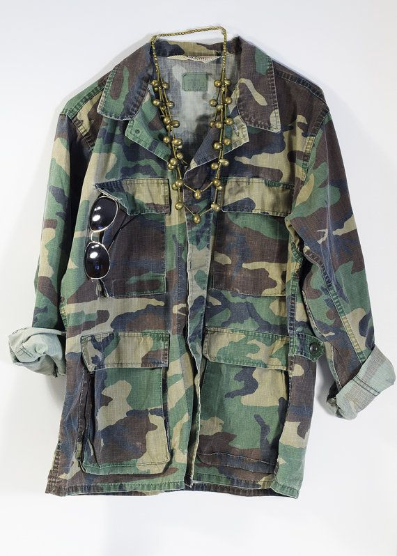 super rad multi color nature camo front zip oversized jacket women's one size fits most vintage camouflage vintage jacket OKxfBa3gB
