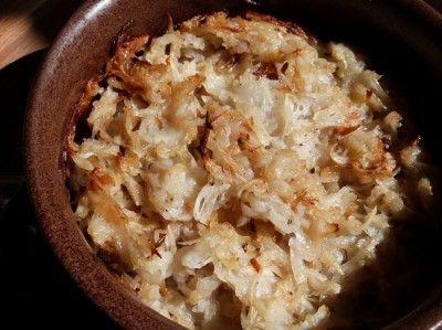 Умели наши бабушки готовить из обычных продуктов такие блюда, что помнишь о них всю жизнь.Необходимо:4 крупных катрошки (лучше не молодой)1 крупная репчатая луковица,растительное масло для жарки л…