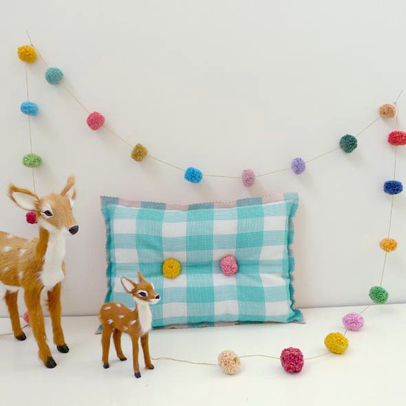 55 best images about guirnaldas y banderines on pinterest. Black Bedroom Furniture Sets. Home Design Ideas