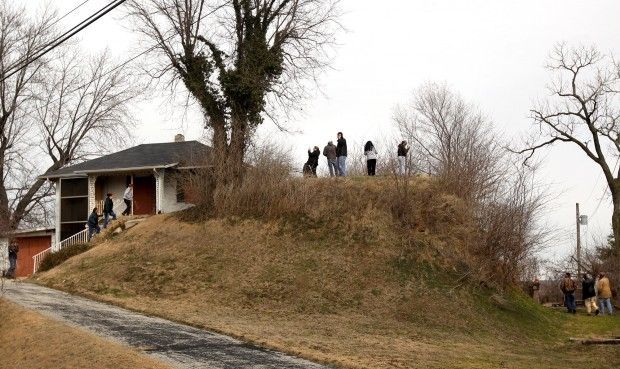 Last Native American mound in St. Louis is visited by Osage Nation tribe that purchased the site.