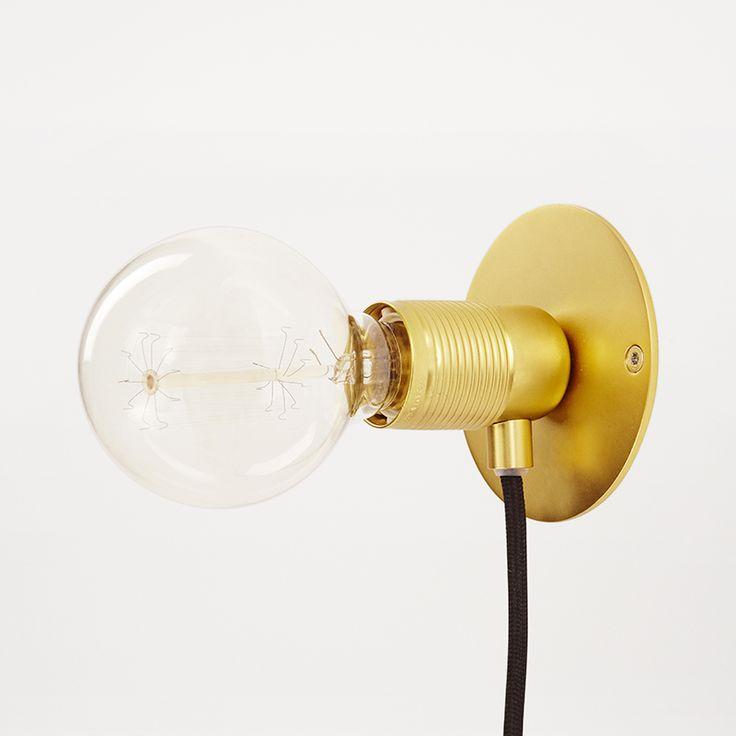 E27 Muurlamp rond - Ø10 cm - Livingdesign https://www.livingdesign.be/nl/merken/frama
