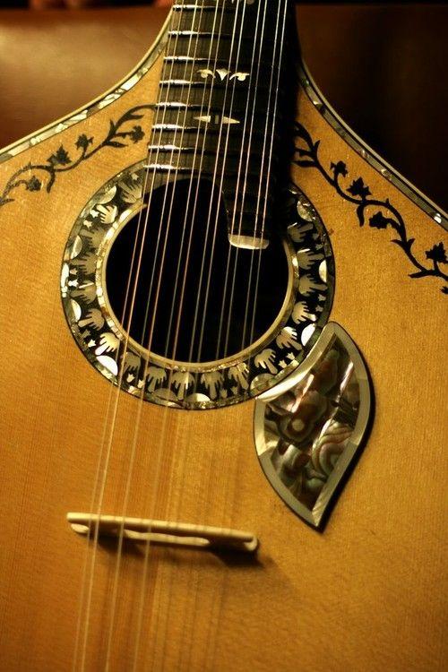 portuguese guitar Enjoy Portugal www.enjoyportugal.eu