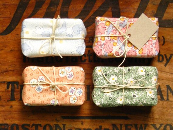 10 Baby Shower Soap Favors // Vintage Fabric Edition // New Baby // Custom Colors Baby Boy Baby Girl - Love these!!