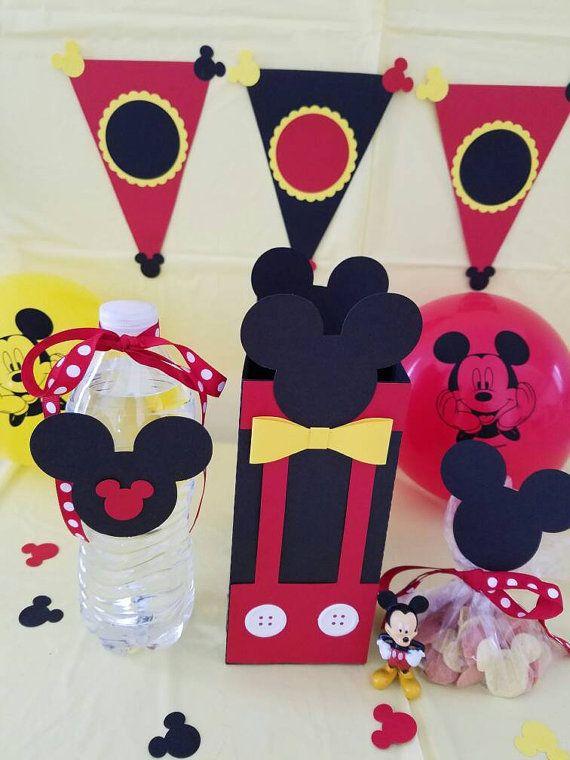 Cumpleaños Mickey Mouse bolsas Favor Set por papercraftsbylovebug