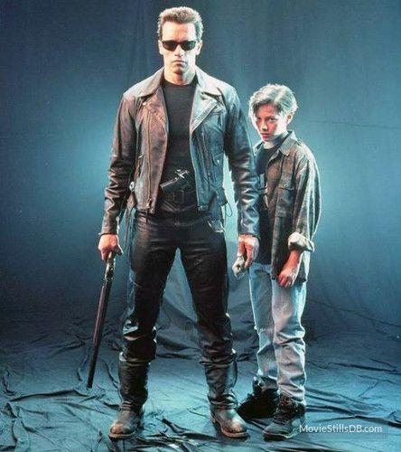 Terminator 2: Judgment Day promo shot of Arnold Schwarzenegger & Edward Furlong